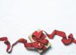 SAM-hjälp och röda band.
